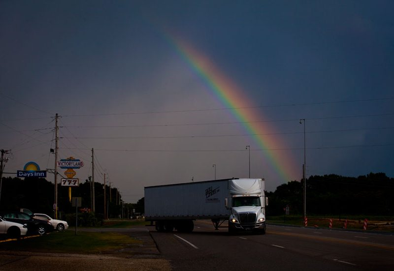 Truck Stop at the End of the Rainbow : Shorter : Alabama
