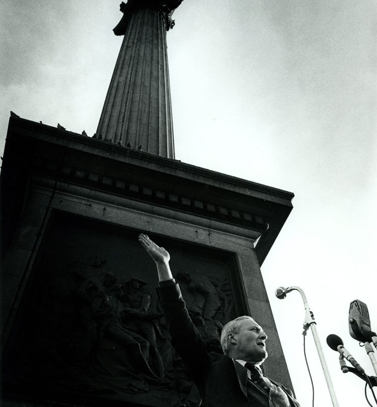 Tony Benn 1925-2014 : Victory to the Miners : Trafalgar Sq : London