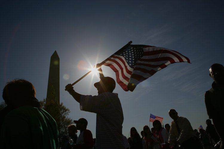 Immigrants Rally to the Flag : Washington DC