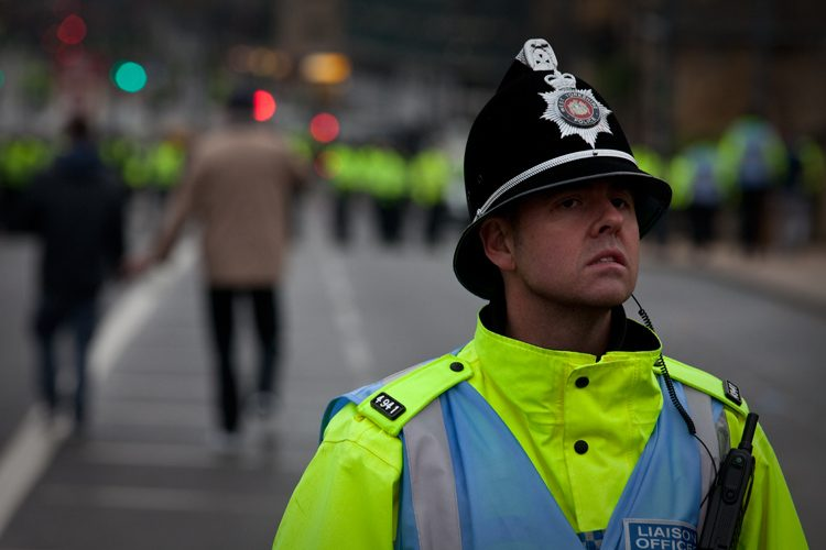 Police Enforce Press Ban at EDL March : Bradford : UK
