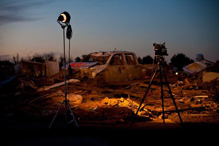 Storm Light : F5 Moore Tornado TV Coverage : Oklahoma